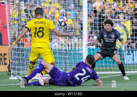 Saturday, June 29, 2019: Columbus Crew SC forward Robinho (18) takes a shot while Orlando City defender Kyle Smith (24) attempt to block the first half of the match between Orlando City and Columbus Crew SC at MAPFRE Stadium, in Columbus OH. Mandatory Photo Credit: Dorn Byg/Cal Sport Media. Orlando City 1 - Columbus Crew SC 0 after the first half - Stock Photo