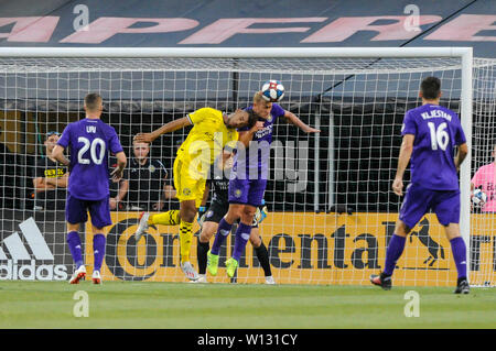 Saturday, June 29, 2019: Columbus Crew SC forward JJ Williams (33) and Orlando City defender Robin Jansson (6) bump heads in the first half of the match between Orlando City and Columbus Crew SC at MAPFRE Stadium, in Columbus OH. Mandatory Photo Credit: Dorn Byg/Cal Sport Media. Orlando City 2 - Columbus Crew SC 0 at the end of the match - Stock Photo