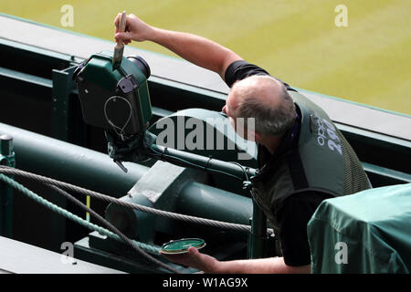 London, UK. 01st July, 2019. Centre Court Camera's Get A Touch Of Green Paint, The Wimbledon Championships 2019, 2019 Credit: Allstar Picture Library/Alamy Live News Credit: Allstar Picture Library/Alamy Live News - Stock Photo