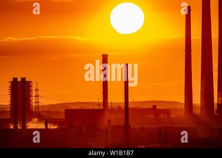 Sonnenuntergang im Ruhrgebiet - Stock Photo