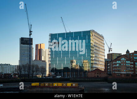 The new US Embassy in London, UK featuring innovative translucent  photo-voltaic panels on 3 sides and high efficiency photo-voltaic on the roof. - Stock Photo