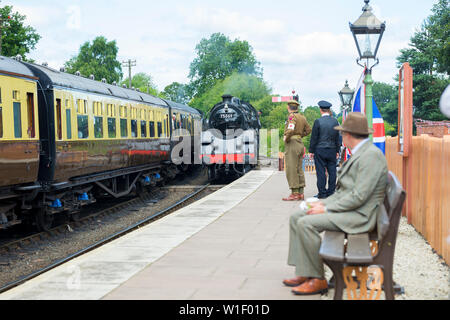 Kidderminster, UK. 29th June, 2019. Severn Valley Railway's 'Step back to the 1940s' gets off to a fabulous start this weekend with costumed re-enactors playing their part in providing an authentic recreation of wartime Britain. Credit: Lee Hudson - Stock Photo