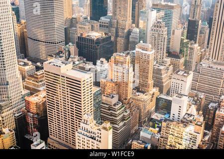 New York, New York, USA midtown manhattan rooftop cityscape.