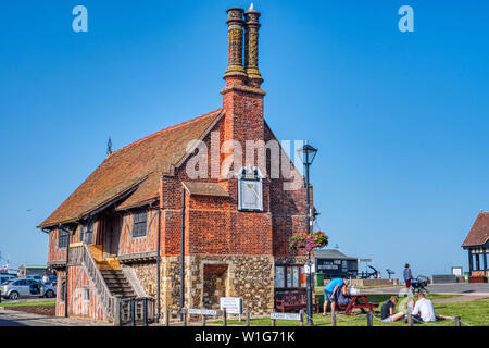 Moot Hall, a Tudor public building, on the East Coast at Aldeburgh, Suffolk, UK