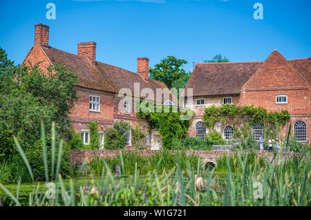 Painted by John Constable, Flatford Mill, East Bergholt, Suffolk, UK - Stock Photo