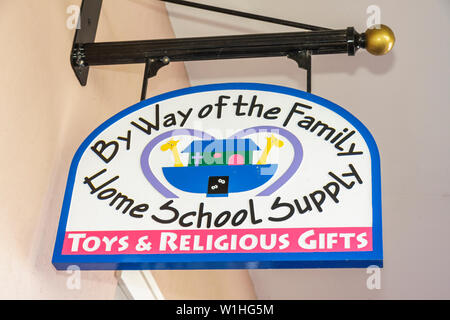 Florida, FL, South, Collier County, Naples, Ave Maria, planned community, college town, Roman Catholic university, religion, lifestyle, home schooling - Stock Photo