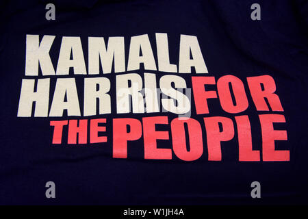 Oakland, CA - January 27, 2019: Thousands attend rally for California Senator Kamala Harris in Oakland as she formally  kicks off her Presidential cam - Stock Photo