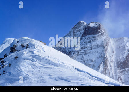 Punta Tre Chiosis in front of Monte Viso, Punta Tre Chiosis, Valle Varaita, Cottian Alps, Piedmont, Italy - Stock Photo