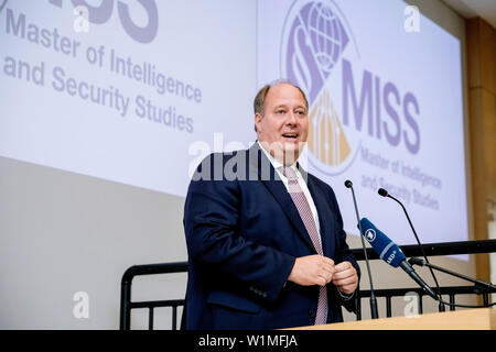 Berlin, Germany. 03rd July, 2019. Helge Braun (CDU), head of the Federal Chancellery, speaks at the opening ceremony of the Master's programme 'Intelligence and Security Studies' for secret service employees at the headquarters of the Federal Intelligence Service (BND). Credit: Christoph Soeder/dpa/Alamy Live News Stock Photo