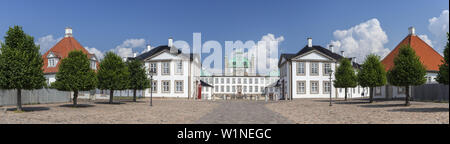 Castle Fredensborg Slot in Fredensborg, Island of Zealand, Scandinavia, Denmark, Northern Europe - Stock Photo