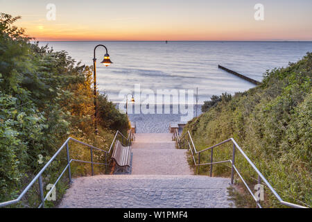 Path down to the beach in Nienhagen, Baltic Sea Coast, Mecklenburg-Western Pomerania, Northern Germany, Germany, Europe - Stock Photo