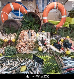 fish market, fruits de Mer, Ile de Re, Nouvelle-Aquitaine, french westcoast, france - Stock Photo