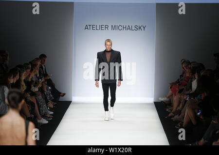 Berlin, Germany. 03rd July, 2019. The photo shows models on the catwalk with the collections spring/summer 2020 of the designer Atelier Michalsky at Mercedes-Benz Fashion Week. Credit: Simone Kuhlmey/Pacific Press/Alamy Live News - Stock Photo