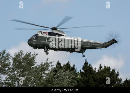 United States Marine Corps Sikorsky VH-3D Sea King helicopters, call