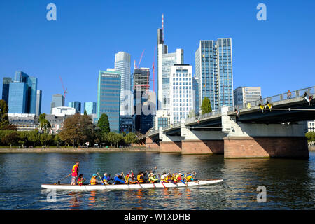 21.10.2018, Frankfurt am Main, Hesse, Germany - Grand Canadian with water sports on the Main in Frankfurt in front of the Untermain Bridge and the Fra - Stock Photo