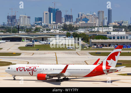 Fort Lauderdale, Florida – April 6, 2019: Air Canada Rouge Boeing 767-300ER airplane at Fort Lauderdale airport (FLL) in the United States. - Stock Photo