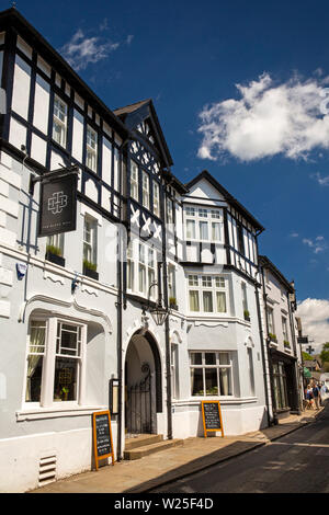 UK, Cumbria, Sedbergh, Main Street, Black Bull Inn Hotel - Stock Photo