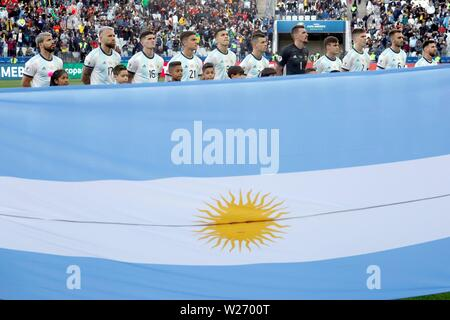 Sao Paulo, Brazil. 06th July, 2019. Argentina's players pose before the Copa America 2019 3rd place soccer match between Argentina and Chile, at Arena Corinthians Stadium in Sao Paulo, Brazil, 6 July 2019. Credit: Paulo Whitaker/EFE/Alamy Live News - Stock Photo