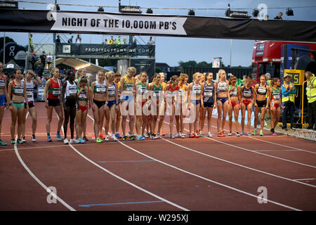 London, UK. 06th July, 2019. Start of European 10,000m cup 2019, athletics event at Parliament Hill Athletics Track in Highgate, London on Saturday 6th July 2019. please note Editorial use only. pic by Tom Smeeth/Andrew Orchard sports photography./Alamy Live News Credit: Andrew Orchard sports photography/Alamy Live News - Stock Photo