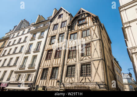 Medieval houses, Half timbered house, dating from the fourteenth century in Paris, France. - Stock Photo