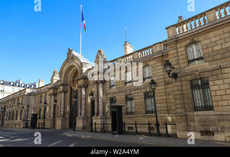 View of entrance gate of the Elysee Palace from the Rue du Faubourg Saint-Honore . Elysee Palace - official residence of President of French Republic - Stock Photo