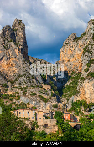 Canyon of Verdon River. Alps of High Provence - Stock Photo