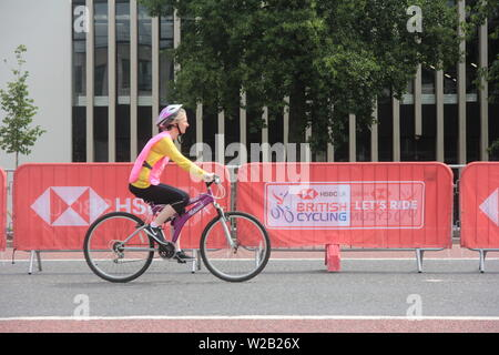 Newcastle upon Tyne, UK. 7th July, 2019, Cyclists enjoy the streets of Newcastle for the HSBC UK Let's Ride event, Credit: DavidWhinham/Alamy - Stock Photo