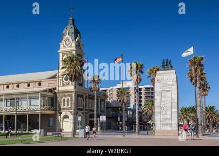 Australia, South Australia, Gelnelg, Glenelg Town Hall and War Memorial - Stock Photo