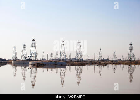 Azerbaijan, Abseron Peninsula, Oil Fields - Stock Photo