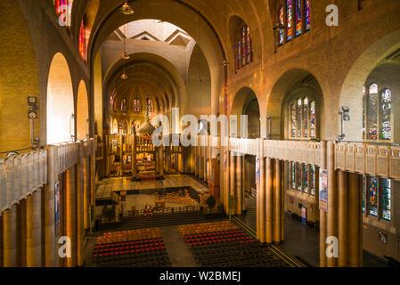 Belgium, Brussels, Koekelberg, Basilique nationale du Sacre-Coeur basilica, interior - Stock Photo