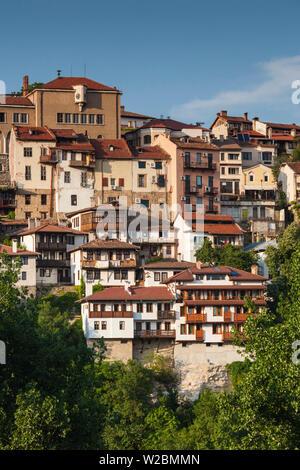 Bulgaria, Central Mountains, Veliko Tarnovo, elevated view of Varosha, Old Town Stock Photo