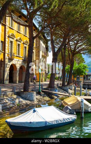 The idyllic lakeside village of Vico Morcote, Lake Lugano, Ticino, Switzerland - Stock Photo