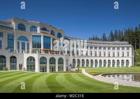 Ireland, County Wicklow, Enniskerry, Powerscourt Estate, Powerscourt Hotel Resort and Spa, exterior - Stock Photo