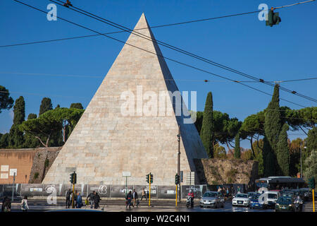 Italy, Lazio, Rome, The Pyramid of Cestius - Stock Photo