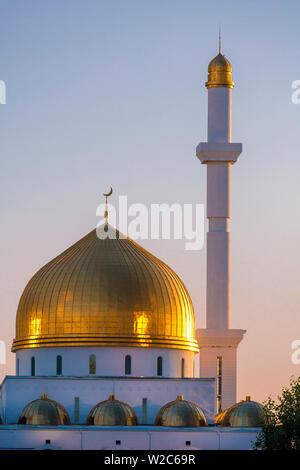 Central Asia, Kazakhstan, Astana, Nur Astana Mosque at dusk - Stock Photo