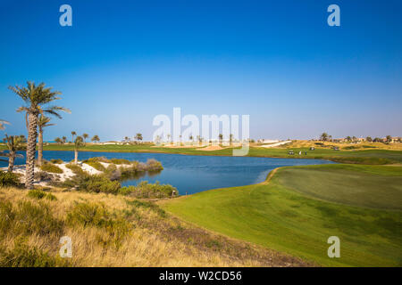 United Arab Emirates, Abu Dhabi, Saadiyat Island, Gulf course - Stock Photo