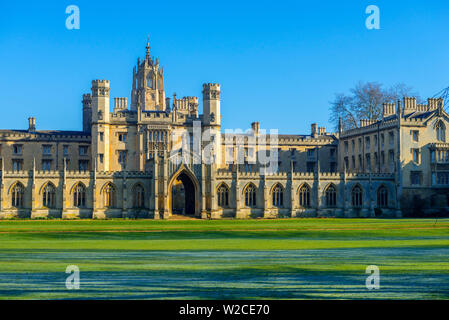 UK, England, Cambridge, University of Cambridge, St. John's College - Stock Photo
