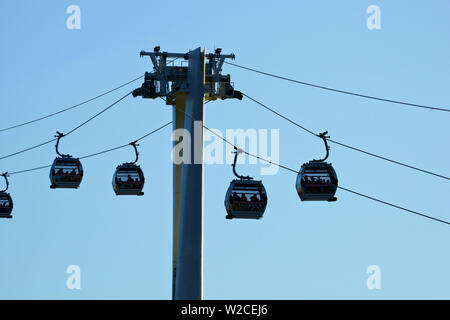 UK, England, London, Emirates Air Line or Thames Cable Car over River Thames, from Greenwich Peninsula to Royal Docks - Stock Photo