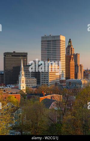 USA, Rhode Island, Providence, city skyline from Prospect Terrace Park, sunset - Stock Photo