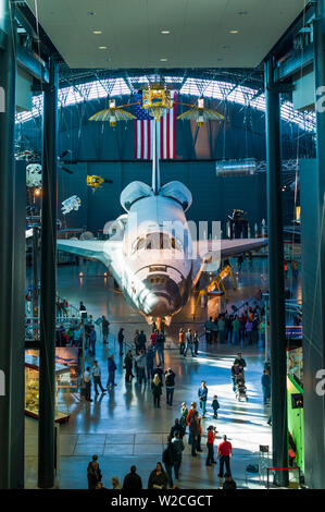 USA, Virginia, Herdon, National Air and Space Museum, Steven F. Udvar-Hazy Center, air museum, elevated view of US NASA Space Shuttle - Stock Photo