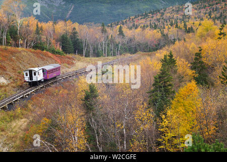 USA, New Hampshire, White Mountains, Bretton Woods, The Mount Washington Cog Railway, train to Mount Washington, fall - Stock Photo