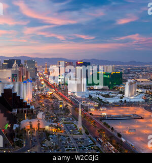 USA, Nevada, Las Vegas, Elevated dusk view of the Hotels and Casinos along the Strip - Stock Photo