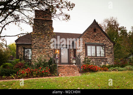 USA, Arkansas, Fayetteville, Clinton House Museum, former home of President Bill Clinton, University of Arkansas campus - Stock Photo