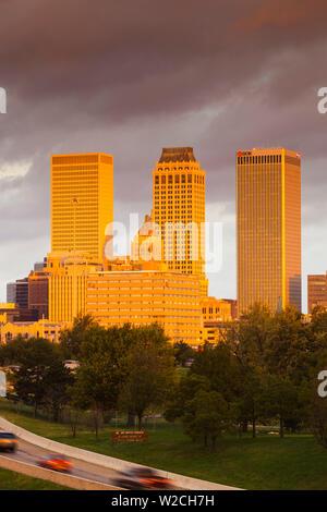 USA, Oklahoma, Tulsa, skyline from Route 75 - Stock Photo