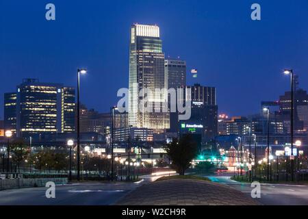USA, Nebraska, Omaha, skyline from Abbott Drive - Stock Photo