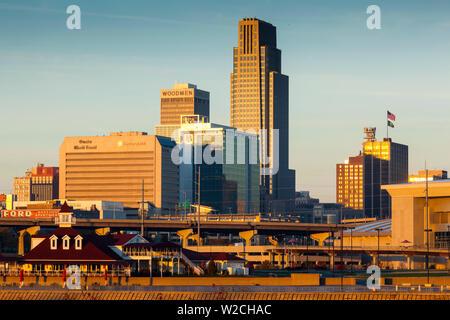 USA, Nebraska, Omaha, skyline from teh Missouri River - Stock Photo