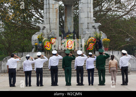 Vietnam, DMZ Area, Quang Tri Province, Truong Son National Military Cemetery, military officers honoring the dead - Stock Photo