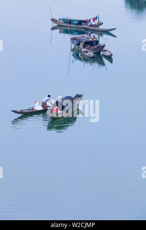 Vietnam, DMZ Area, Quang Tri Province, elevated view of boats on the Cam Lo River - Stock Photo