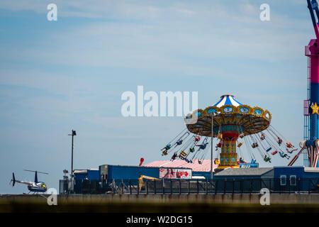 ATLANTIC CITY, NEW JERSEY - JUNE 18, 2019:  Park at Steel Pier Atlantic City - Stock Photo