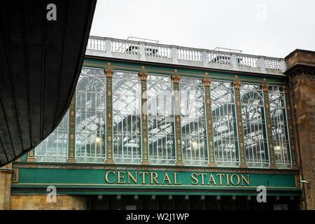 Centralstation in Glasgow - Stock Photo